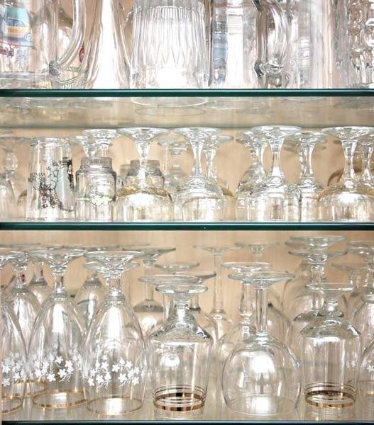 Gläserschrank impressionen eindrücke des ferienhauses